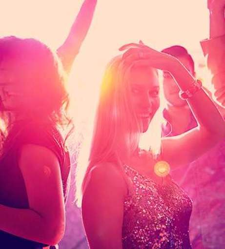 Magaluf - Hen Party Packages - Club with Unlimited Drinks